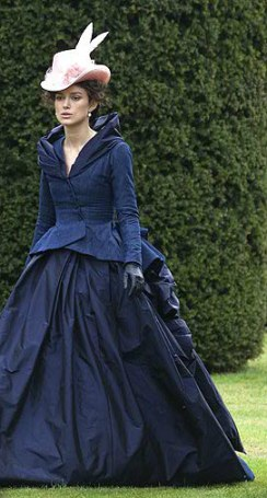 anna-karenina-and-jacqueline-durran-for-anna-karenina-navy-ensemble-gallery